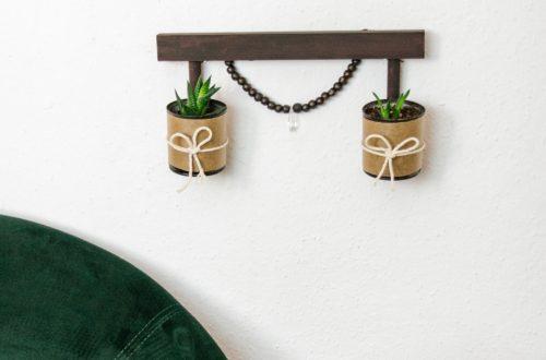 blechdosen upcycling Idee DIY Upcycling Idee mit Konservendosen als Wanddeko zum Bepflanzen. Basteln mit Konservendosen. deko selber machen , Geschenkidee dose